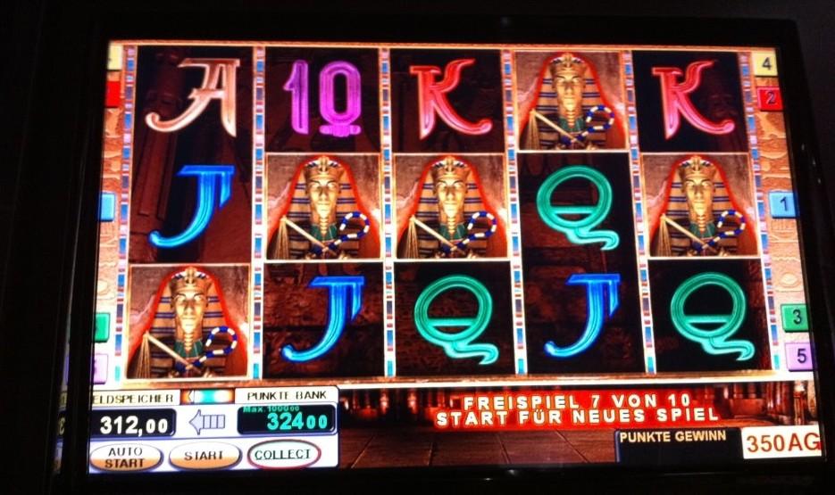 Win real cash slots